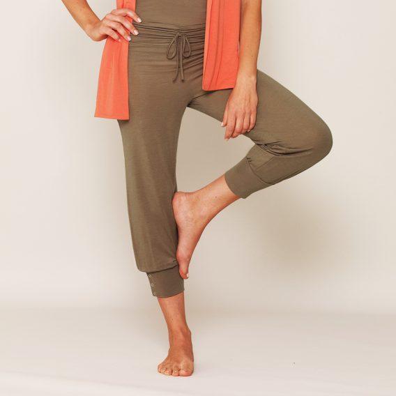 b.well Yoga Kleidung: Damen 3/4 Hose